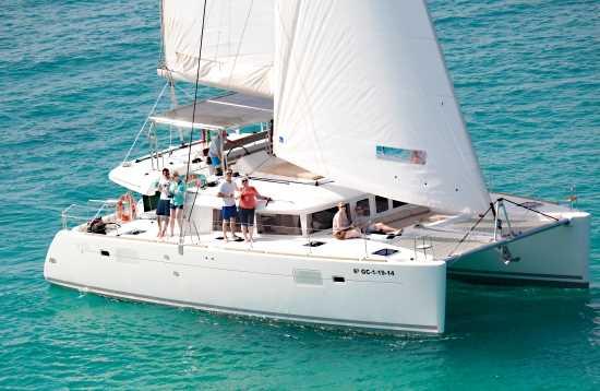 Tour en Catamarán Mañana Deluxe Fuerteventura