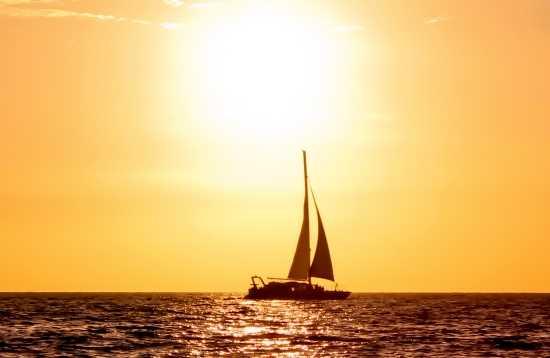 Tour en Catamarán Atardecer Deluxe Fuerteventura